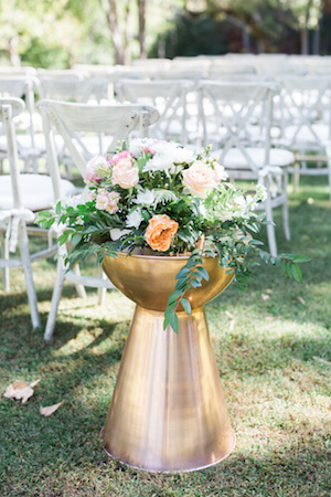 example of wedding aisle floral design