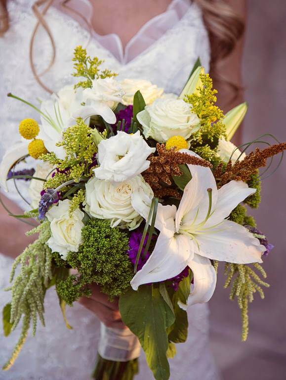 lily, roses, garnish wedding bouquet