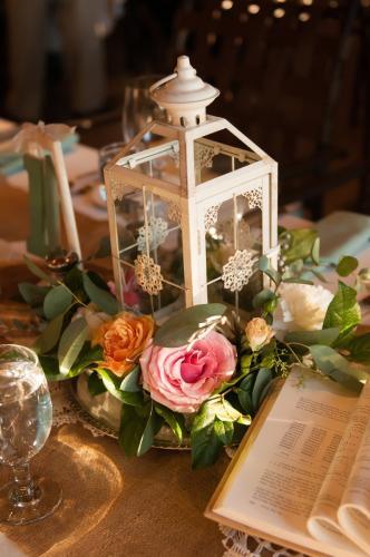 Wedding Centerpieces Image 02