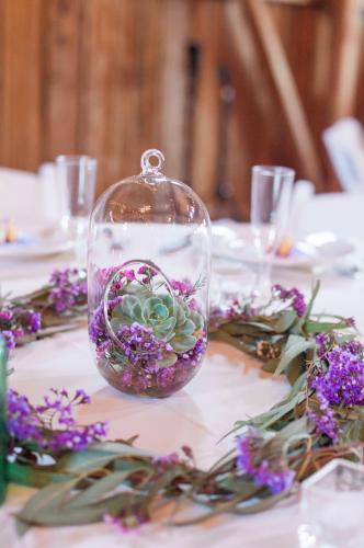 Wedding Centerpieces Image 09