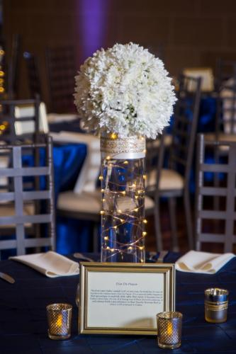 Wedding Centerpieces Image 19
