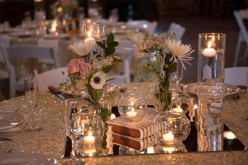 Wedding Centerpieces Image 25
