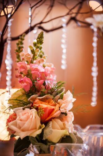 Wedding Centerpieces Image 30
